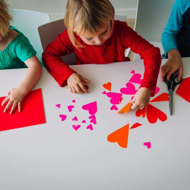WRTS 5 Easy Valentine's Day Crafts